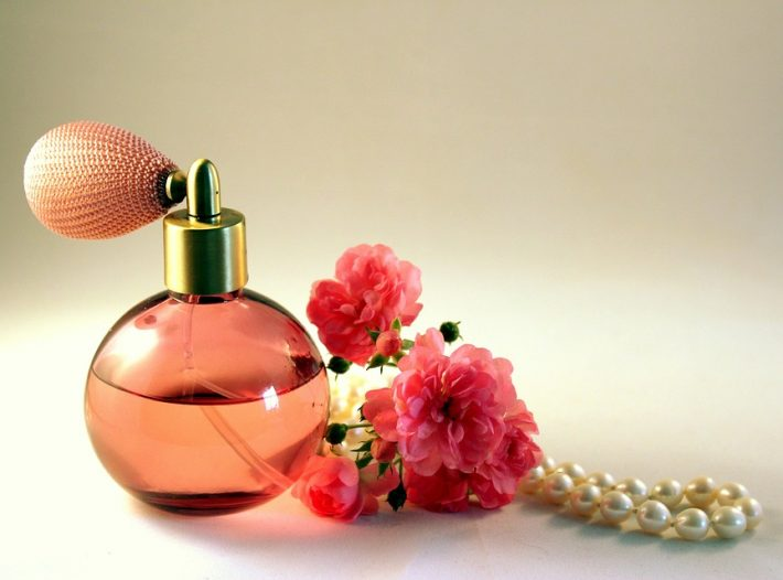 Toaletna vodica ali parfum?